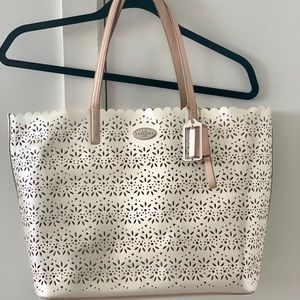 Coach Tote with Pearl White Hollow Leather